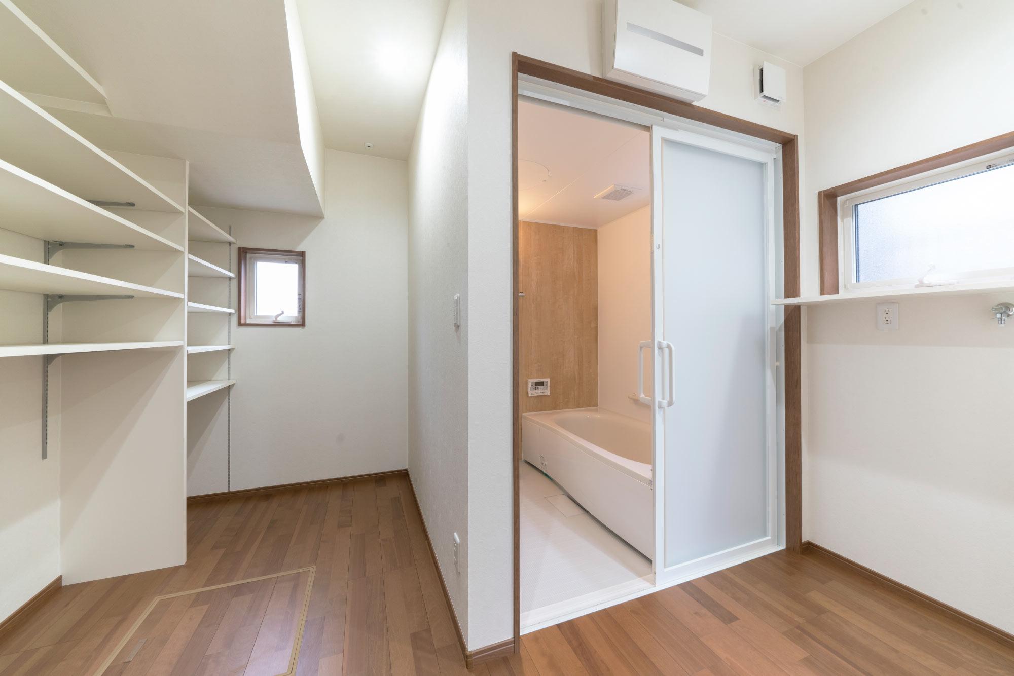 洗面脱衣室と収納